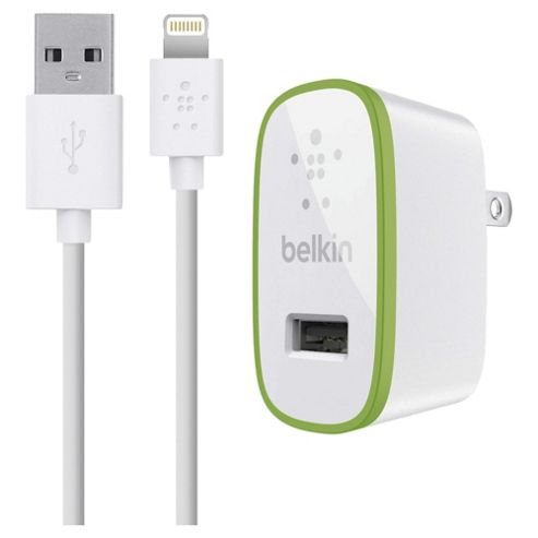 Belkin white universal 2.1 amp charger & lightening cable