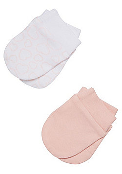 F&F 2 Pack of Heart Scratch Mitts - Pink