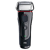 Braun Series 5 5070cc shaver with Clean & RenewTM System