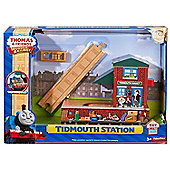 Fisher Price Thomas and Friends Wooden Railway Tidmouth Station