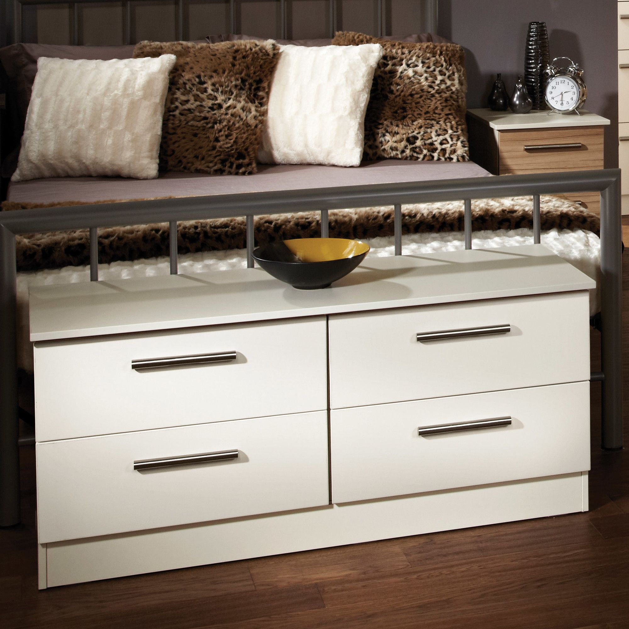 Welcome Furniture Contrast 4 Drawer Bed Box - Vanilla at Tesco Direct