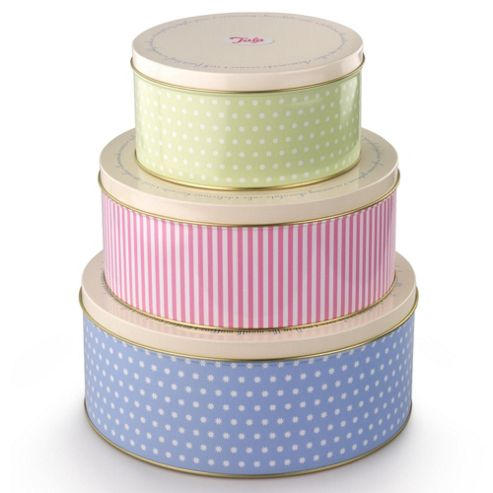 Set Of Three Retro Cake Tins
