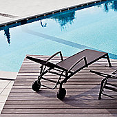 Varaschin Victor Sunbed with Wheels and Armrest by Varaschin R and D - Dark Brown