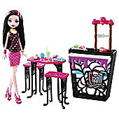 Monster High Draculaura Doll and Beast Bites Playset