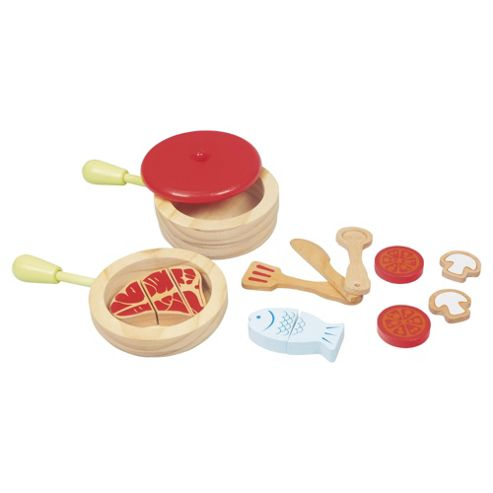 Carousel Wooden Cooking Set