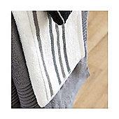 Catherine Lansfield Home java stripe bathsheet, 90x140, Black & White