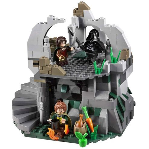 LEGO Lord of the Rings Attack on Weathertop 9472