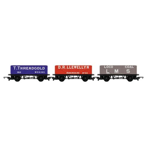 Hornby R6482 Railroad 3 Pack