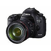 Canon EOS 5D Mark III DSLR with EF 24-105mm Lens