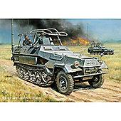 Zvezda - Sd.Kfz.251/3 Ausf.B Mittlerer Funkpanzerwagen - 1:35 Scale 3604
