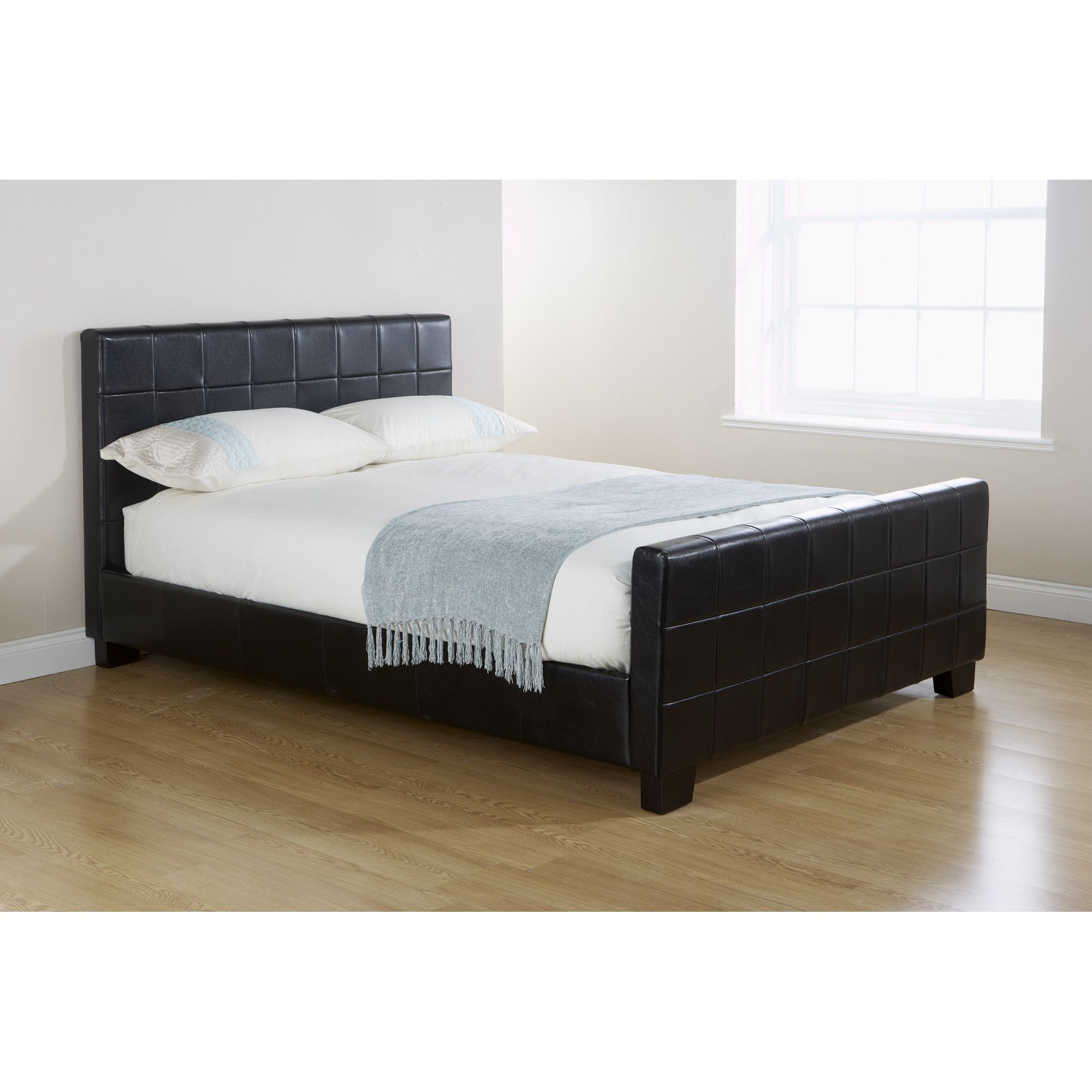 Elements Mayfair Button Bed - Double - Black at Tesco Direct