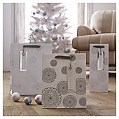 Tesco Silver Doiley Christmas Gift Bag, Medium