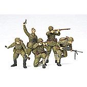 Tamiya 35311 Russian Assault Infantry 1941 1:35 Military Model Kit