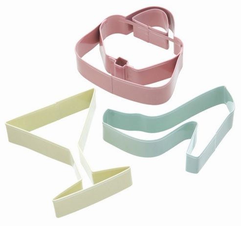 KitchenCraft Sweetly Does It Cookie Cutter Set - Glamour Patterned Set of Three in Assorted Colours