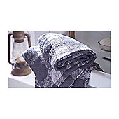 Catherine Lansfield Home Cosy Corner Swing Kelso Jacquard 500gsm Bath Sheet - Grey
