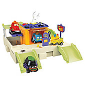 The Trash Pack Trash Wheels Gas N Go Playset