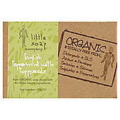 Little Soap Company: English Peppermint & Poppy seed Soap