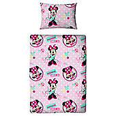 Character World Minnie Mouse Bed Bundle Junior