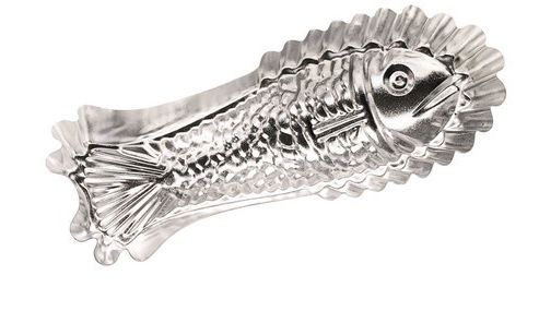 Kitchen Craft Metal Fish Mould - Silver