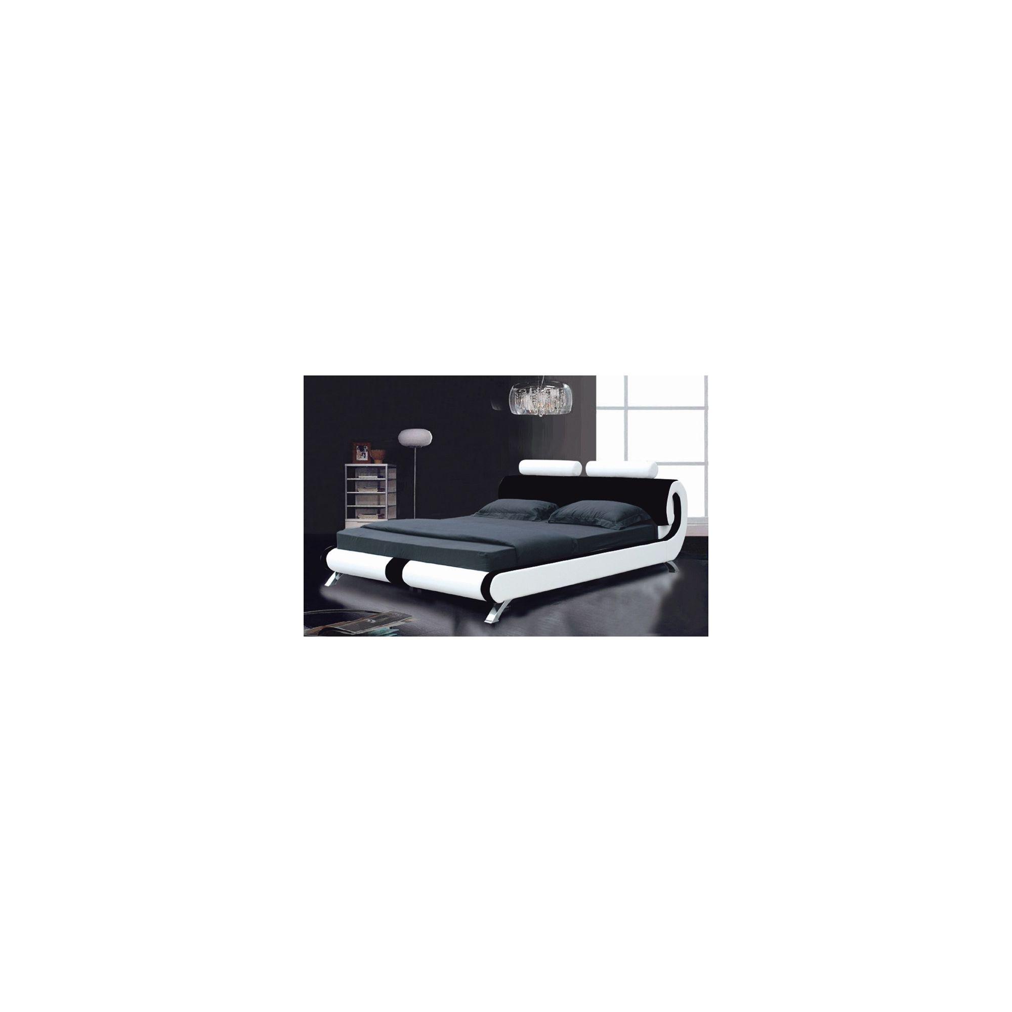 Giomani Designs Designer Curve Bed - White / Black - Double at Tesco Direct