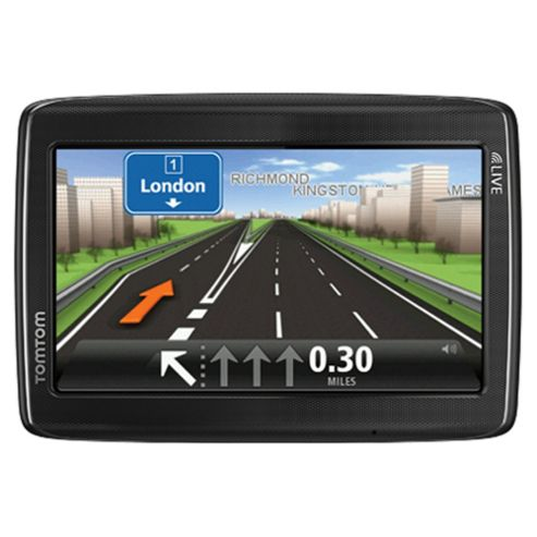 Tomtom Go Live 825 Western Europe Sat Nav, 5 inch screen, Live Traffic Updates