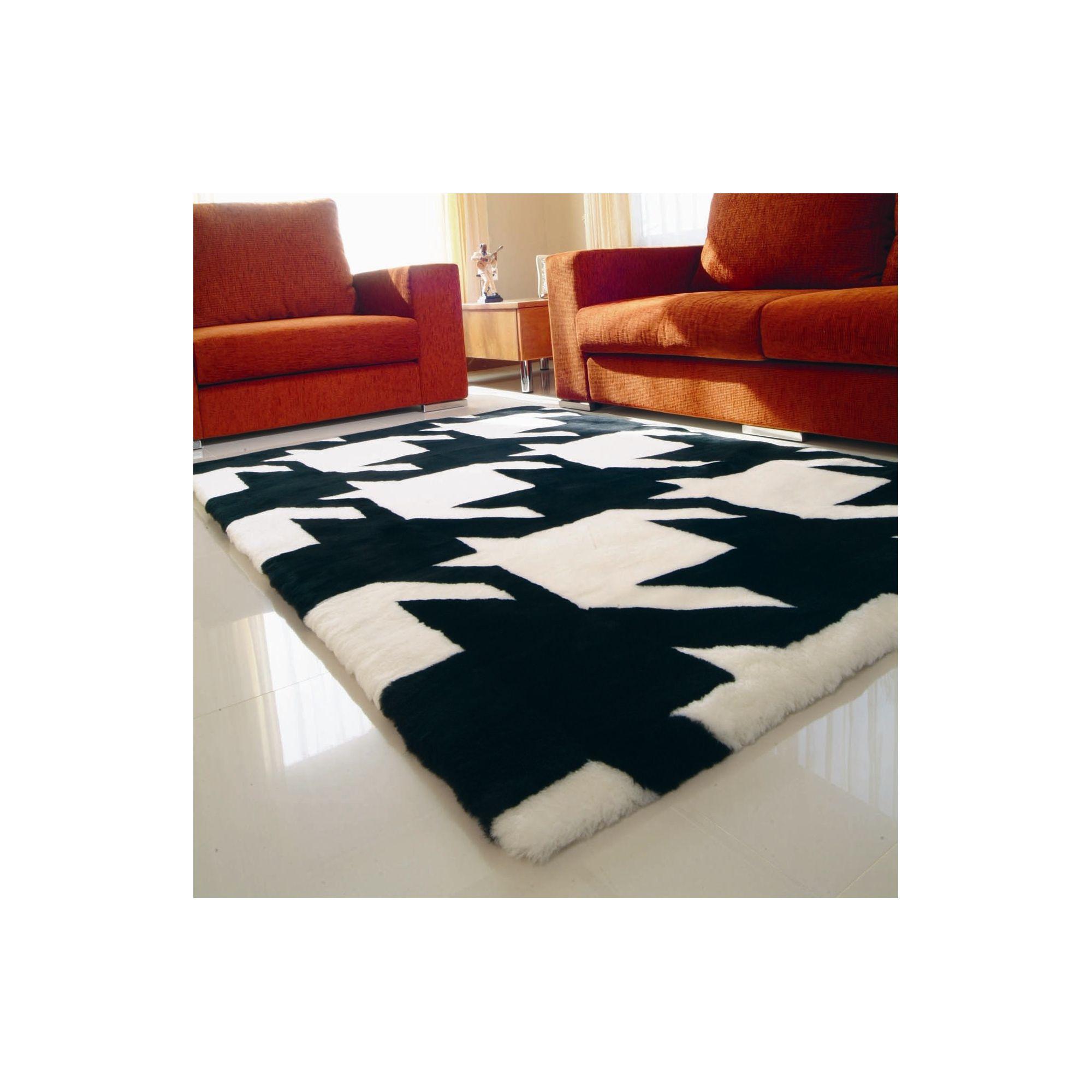 Bowron Sheepskin Shortwool Design Vertigo Rug - 300cm H x 200cm W x 1cm D
