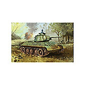 T34/76 Mod.1943 Formochka W/Commanders Cupola Scale 1:35 - No6603 - Model Kit - Dragon