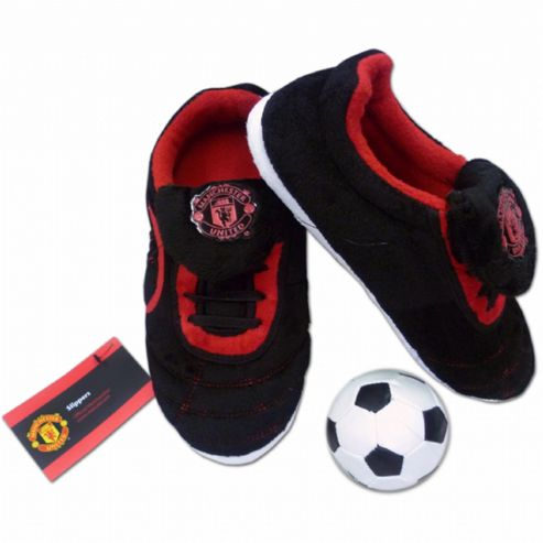 Manchester United Boys Slippers with Ball (Size 3-4)