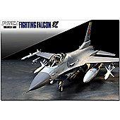 Tamiya 60788 F-16 Cj Fighting Falcon With Full Equipment 1:72 Aircraft Model Kit