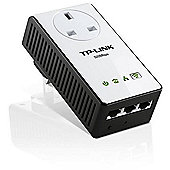 TP-Link TL-WPA4230P AV500 Passthrough Powerline WiFi Extender Ideal for lag-free HD or 3D video streaming and online gaming Integrated power sockets