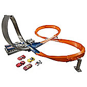 Hot Wheels Figure 8 Raceway With 6 Cars