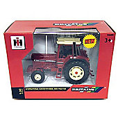 International 956xl 2wd Tractor - Scale 1:32 - Britains Farm