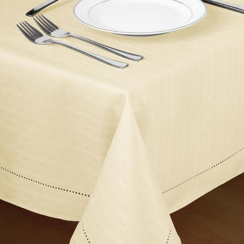 Country Club Hem Stitch Tablecloth in Cream