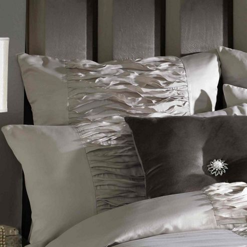 Kylie Minogue At Home Gianna Truffle 200 Thread Count Housewife Pillowcase