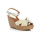 Linea Granville Knotted Vamp Sandals In Off White - Off white