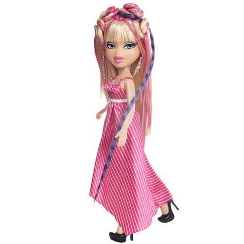 MGA Entertainment Bratz Featherageous Cloe Doll