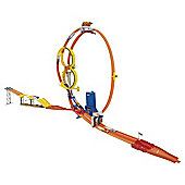 Hot Wheels Super Loop Chase Race Track Set