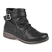 Pavers Water Resistant Boot with Side Buckle Detail - Black
