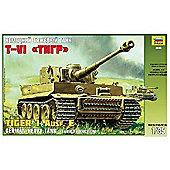 Zvezda - Tiger I Ausf. E - Scale 1/35 3646