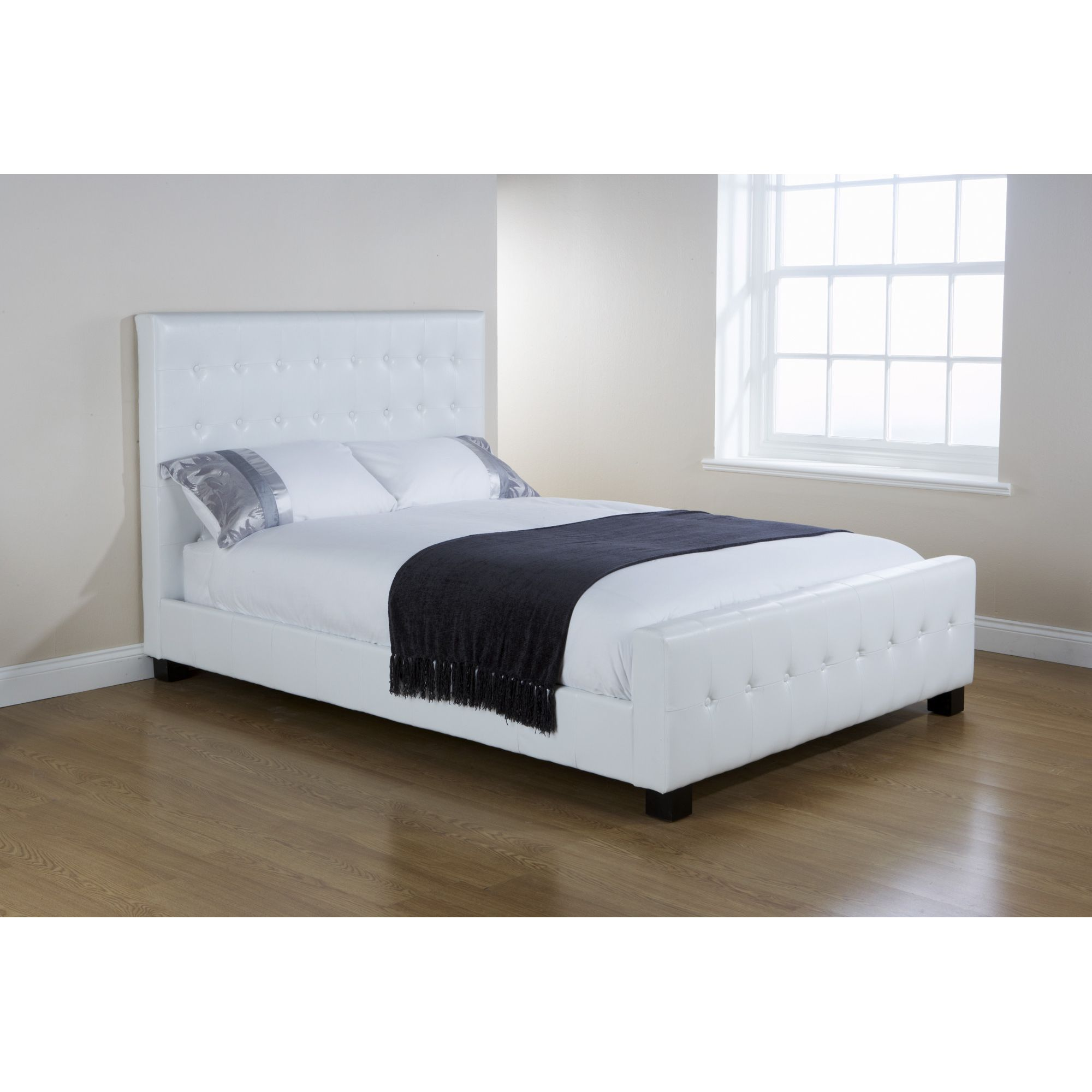 Elements Mayfair Button Bed - White - King at Tesco Direct