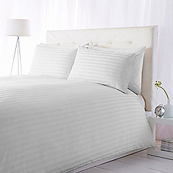 Luxury Hotel Collection 300Tc Wide Sateen Stripe Duvet s/King White