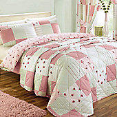 Dreams N Drapes Patchwork Quilt Set In Pink - Double