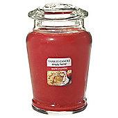 Yankee Candle Apple Crumble Medium Jar