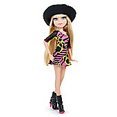 MGA Entertainment Bratz Totally Polished Cloe Doll