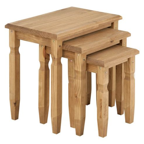Cotswold Traditional Pine Nest of tables