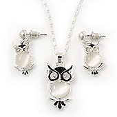 Milky White Moonstone 'Wise Owl' Pendant With Silver Tone Chain & Drop Earrings Set - 44cm Length/ 5cm Extension