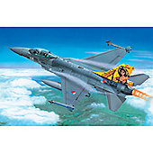 F-16 Fighting Falcon - 1:72 Scale - 1271 - Italeri