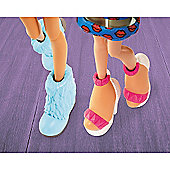 Bratz #ShoefieSnaps Accessories Pack - Blue Snow Boots and White High Heel Shoes