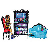 Monster High Coffin Bean Playset & Clawdeen Wolf Doll