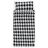 Tesco Basic Dogtooth Print Duvet Set Single Black